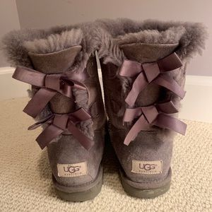 Gray Bailey Bow Uggs